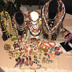113 PC HUGE colorful jewelry lot